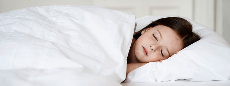 Kind Schreit Nachts Wie Am Spieß